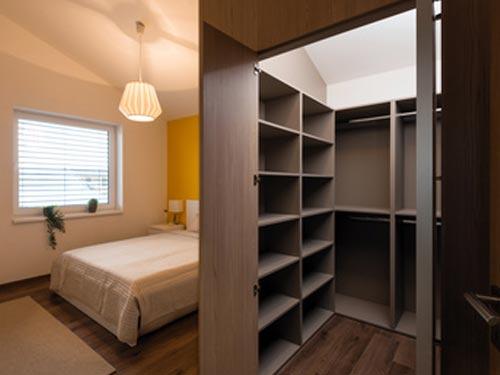 Schlafzimmermöbel mit Ankleideraum, Müller Werkstätte